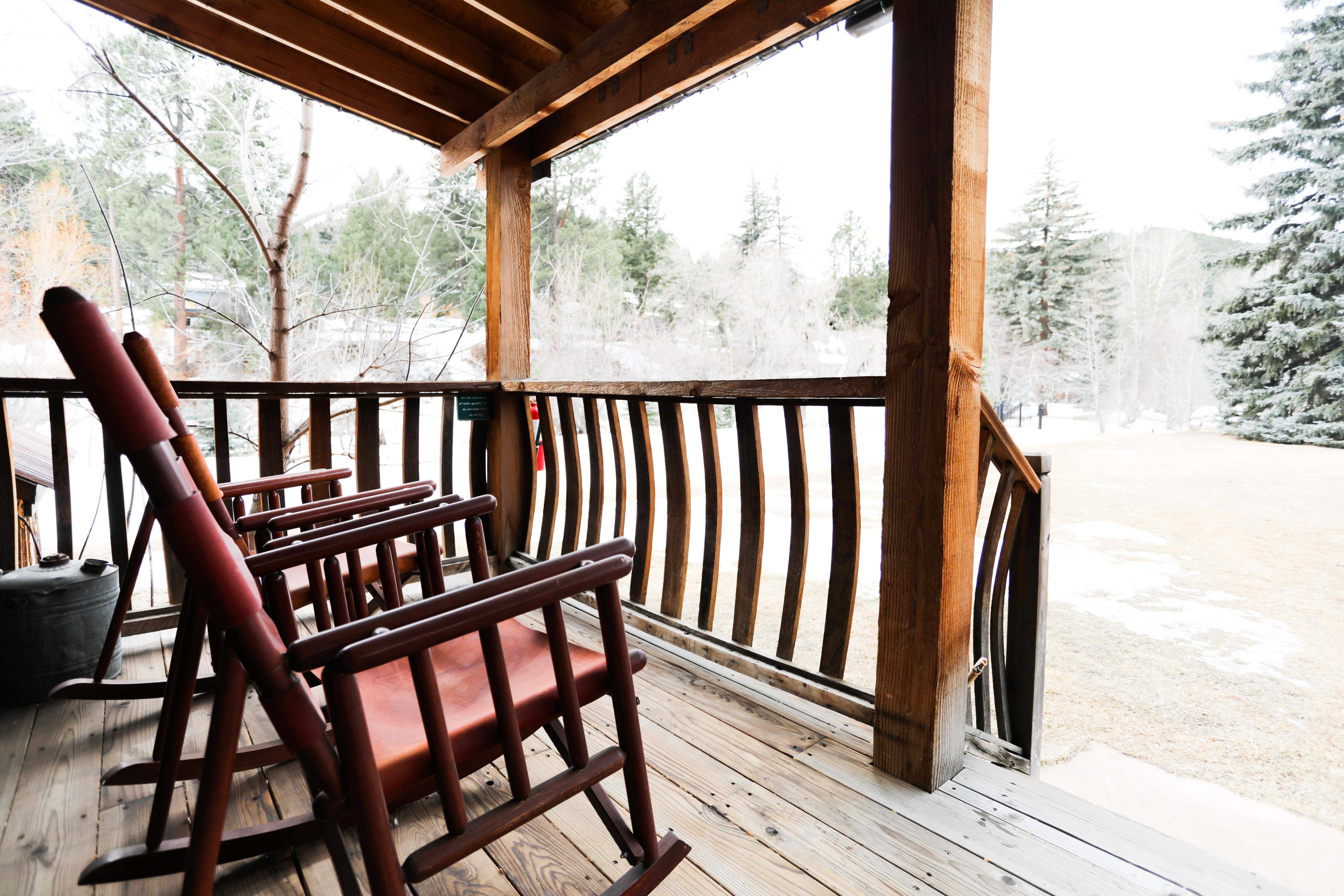 The Cabins at Country Road – A Unique Retreat by the Creek